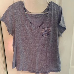 Basic V-neck Pocket Tshirt